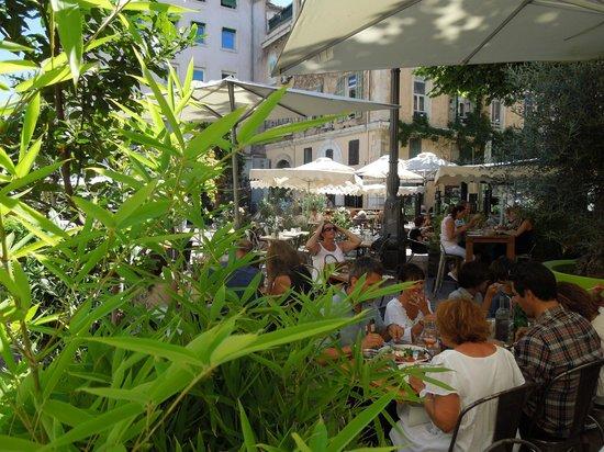Fuxia l'épicerie : en plein centre de Marseille, le Fuxia