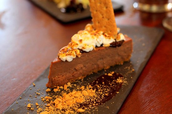 Marchand's Bar & Grill: smores cheesecake