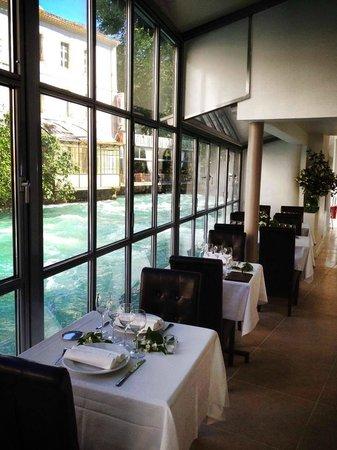 Restaurant restaurant du parc dans fontaine de vaucluse for Restaurant avec parc
