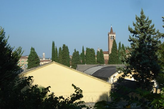 Residence Hotel Antico San Zeno: View from the ramparts.