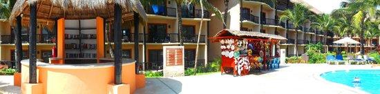 Catalonia Yucatan Beach: piscina