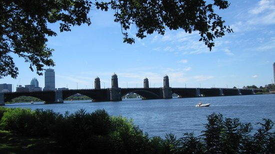 Urban AdvenTours: A view of the Longfellow Bridge from the bike path along the Charles River.