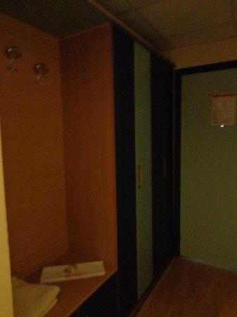 Astoria Hotel: Room