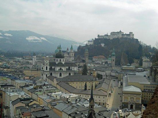 Monchsberg Lift: Vista de Salzburgo do alto do Monchsberg