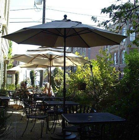 Alchemy Bistro and Wine Bar : The tiny patio at Alchemy Bistro