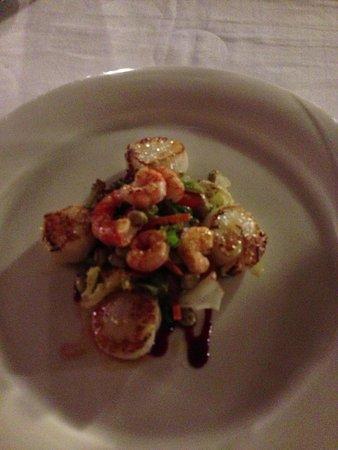 Restaurante Galena Mas Comangau: Delicious starter scallop salad