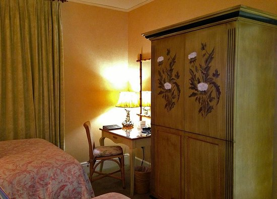 Ashland Springs Hotel: Double-Double Room