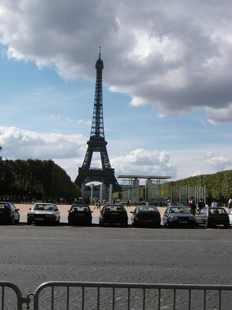 The Park Of The Eiffel Picture Of Eiffel Tower Paris TripAdvisor
