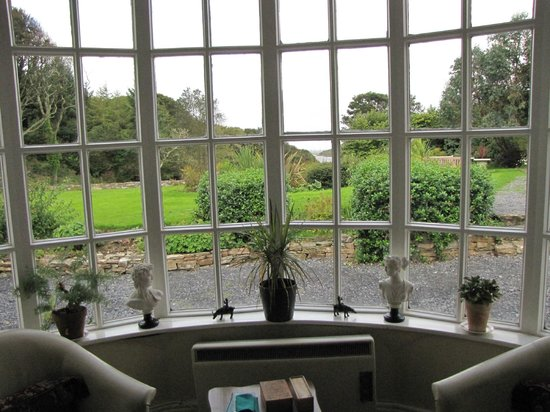 Mallmore Country House: View from the Parlor