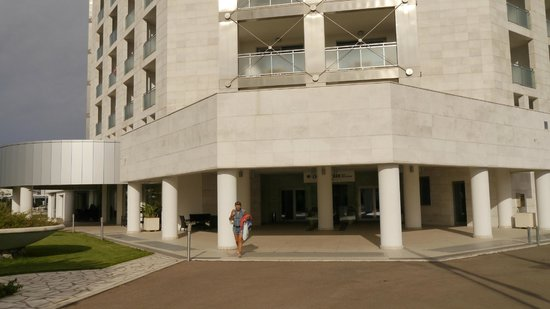 Doubletree by Hilton Olbia: ingresso