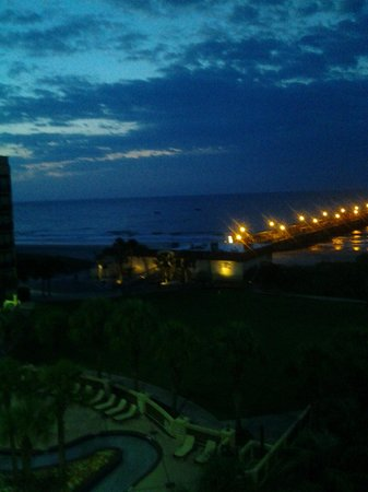 DoubleTree Resort by Hilton Myrtle Beach Oceanfront: Night lights on the Pier