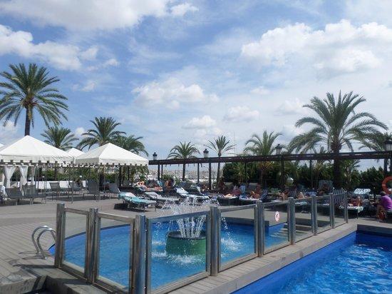 Gran Melia Victoria : Pool