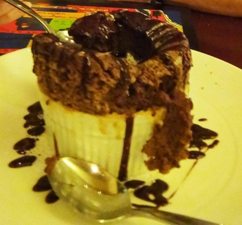 La Posada Hotel: You must try the Chocolate souffle... delicious!