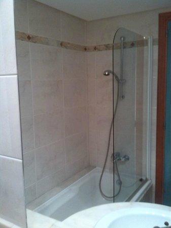 Insotel Hotel Formentera Playa : vano doccia/vasca