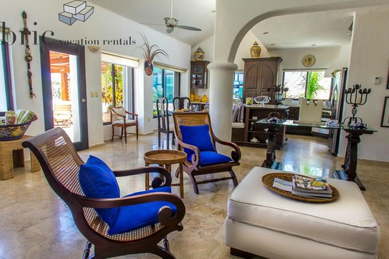Royal Palms Condominiums : The Royal Palms by BRIC Vacation Rentals in Playa del Carmen