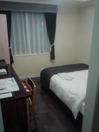 Hotel Monterey Lasoeur Fukuoka: 13.03.31【モントレ・ラ・スール】部屋の雰囲気