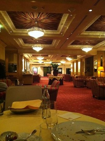 Sheraton Grand Salzburg: The Lobby,as seen from Restaurant Mirabell