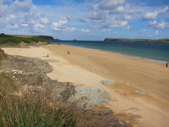 Padstow Harbour : Lower Beach Padstow, get away from the crowds!