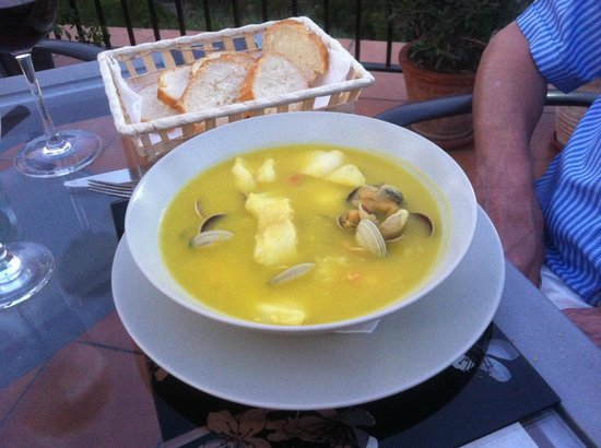 La Casa Bar and Restaurant: Fish soup