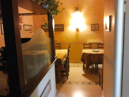 Bonapace Porta Nolana  Bed & Breakfast: salle des petits déjeuner