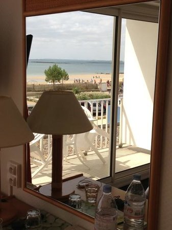 Hotel Le Plancton Carnac : chambre avec balcon