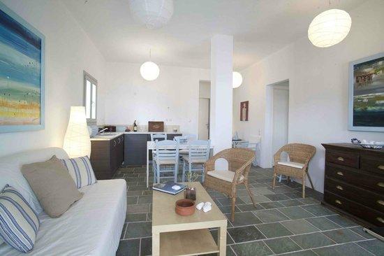 Maisons a la Plage: καθιστικο κατοικιας 2 υπνοδωματιων