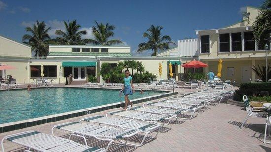 Ocean Village: basen