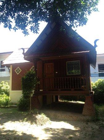 Ananda Villa : garden view hut
