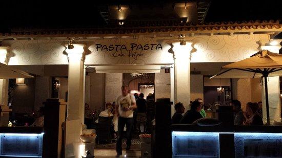 Pasta Pasta Cala Agulla: Außenansicht
