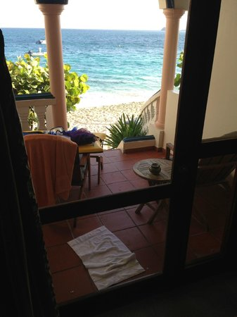Le Petit Hotel: our patio