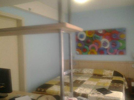 Eko Residence Hotel: Vista da entrada no quarto