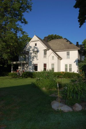 Fox River Bed and Breakfast