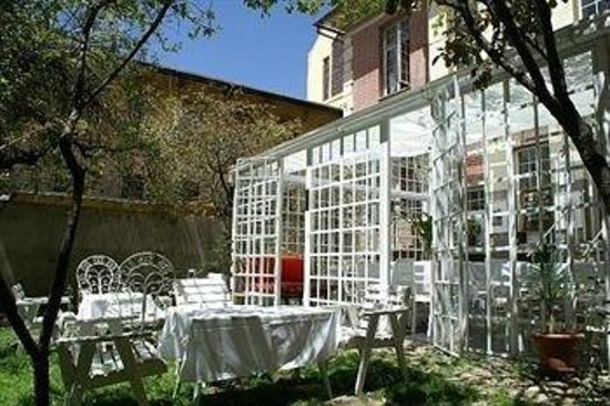 """Hotel Boutique """"El Consulado"""" : outside. TN2"""