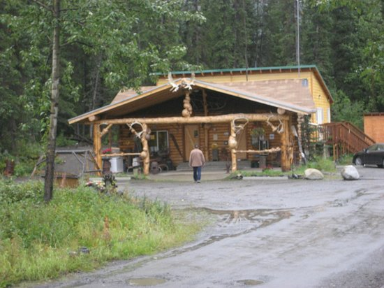 Carlo Creek Lodge: Carlo Creek office
