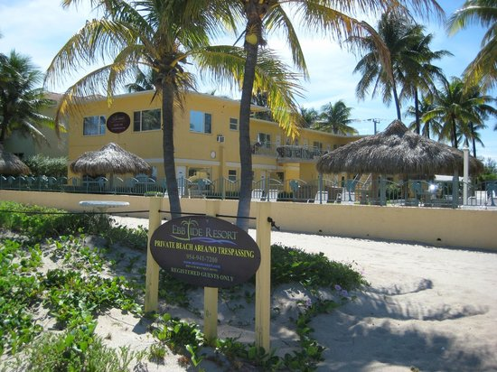 Ebb Tide Oceanfront Resort in Pompano Beach, Florida: Hotel from Beach