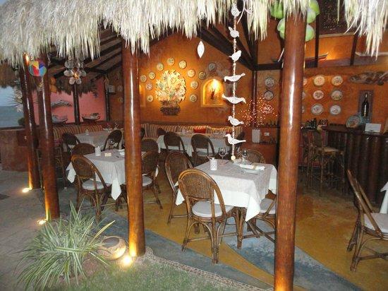 Manary Praia Hotel: Descontração e ótimo happy hour.
