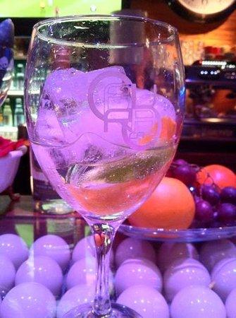 Aura Cafe: Gin Tonic súper especial