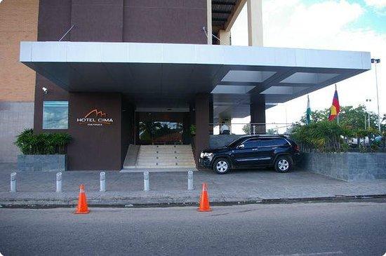 Hotel Cima: Fachada Principal