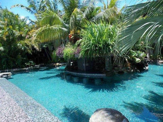 Baoase Luxury Resort: Piscina
