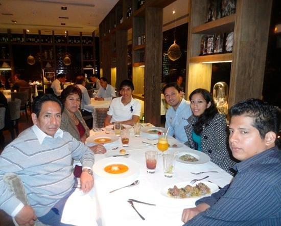The Westin Lima Hotel & Convention Center: mi familia