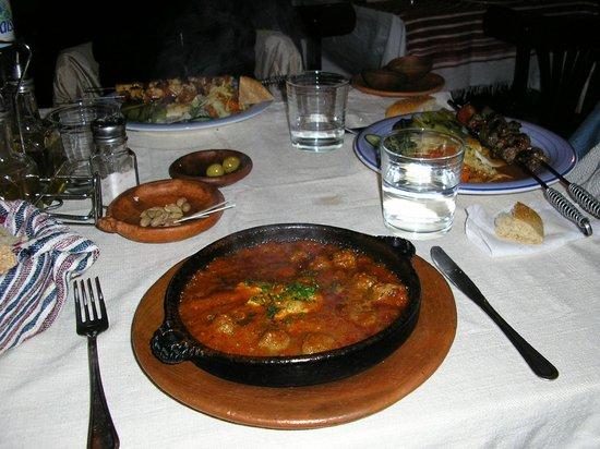 Auberge Dardara: La comida