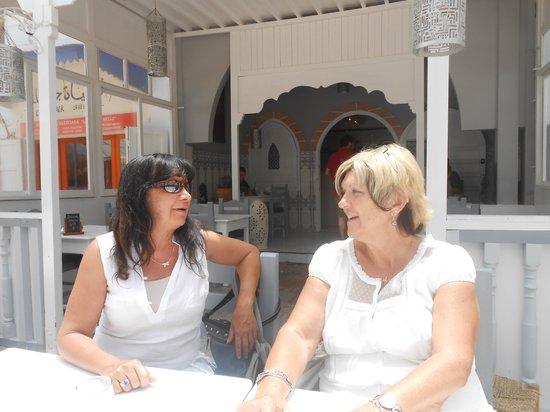 Chez Mermoz : En terrasse ...