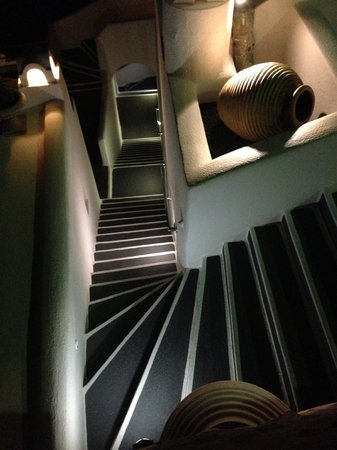 Homeric Poems: Lights looks beautiful on the stairs at night