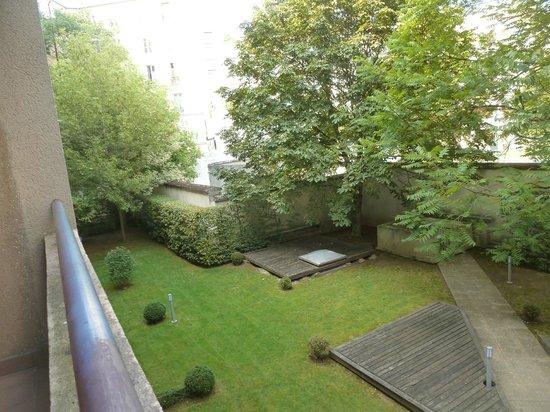 Citadines Bastille Gare de Lyon Paris: Garden