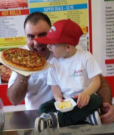 Pizza Amore: Yum yum nom nom xx