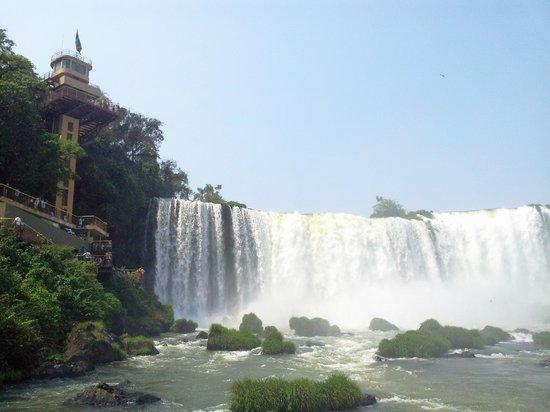 Iguacu National Park: Elevador e Cataratas