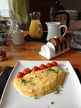 Summerhill B & B: World's fluffiest omelet