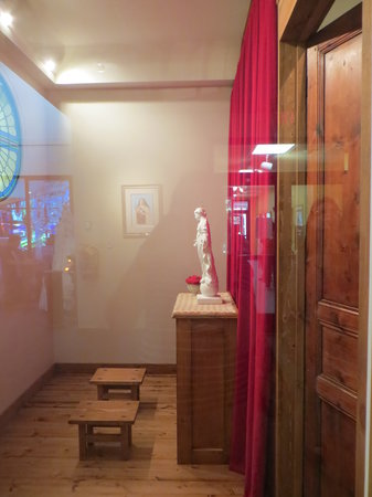 National Shrine of St. Therese: recreation of saint's cell