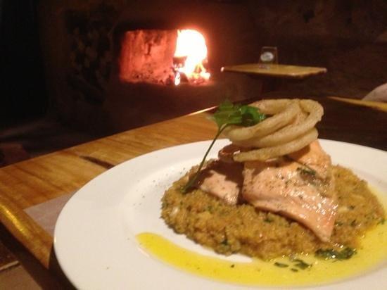 Etnico: Quinotto del mar con salmón a la mantequilla.  Hummm...