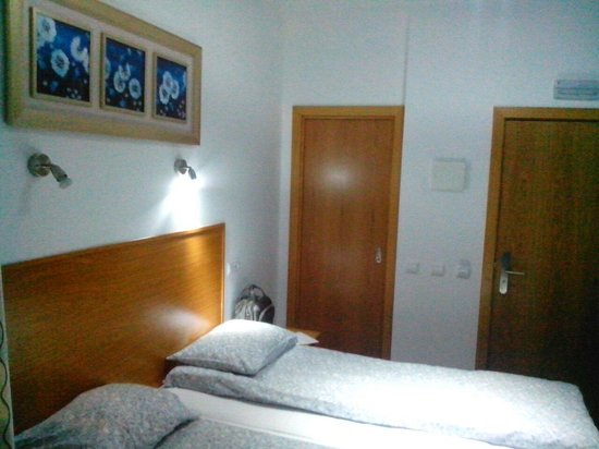 Baixa Guesthouse : 205 room